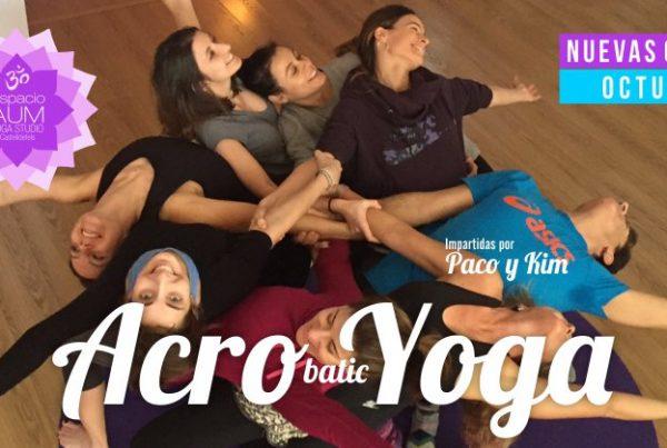 acro yoga en espacio aum yoga studio