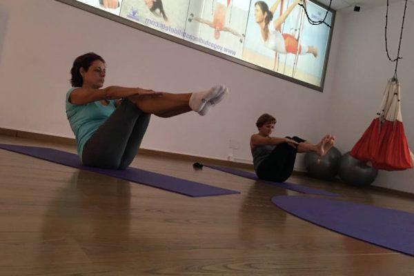Ashtanga Vinyasa Yoga - Espacio AUM Yoga Studio Castelldefels