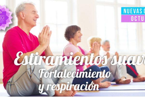 Estiramientos suaves - Espacio AUM Yoga Studio Castelldefels