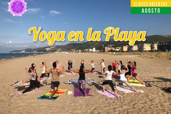 Yoga en la playa - Agosto 2018 - En Espacio Aum Yoga Studio - Castelldefels