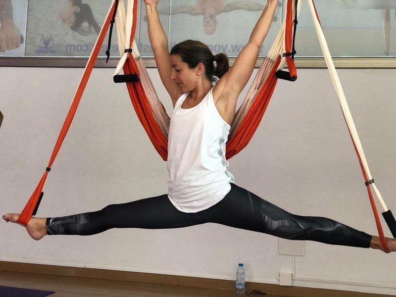 Caroline - Hata Vinyasa - Profesora Espacio Aum Yoga Studio