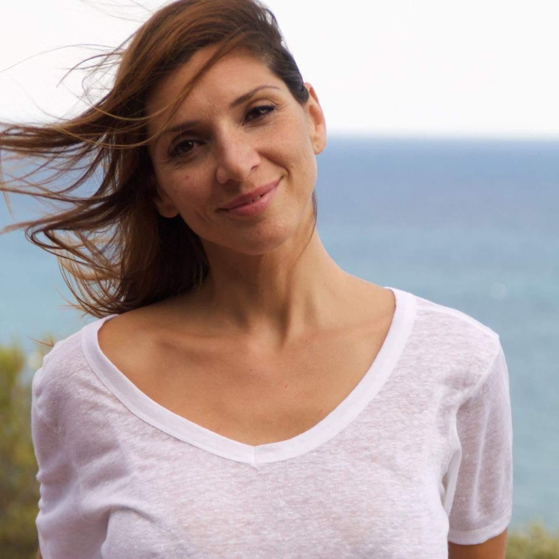 Jordana Vaeza - Profesora de Pilates - Espacio Aum Gava - Yoga Studio